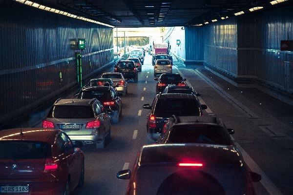 コストコへ向かう渋滞のイメージ